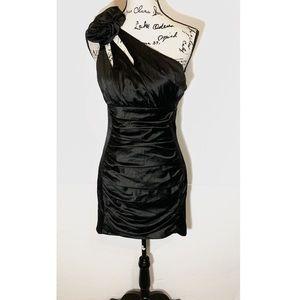 Jessica McClintock Gunne Sax Formal Dress